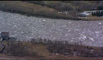 Heavy U.S. snowfall raising concerns about Manitoba flooding - Winnipeg