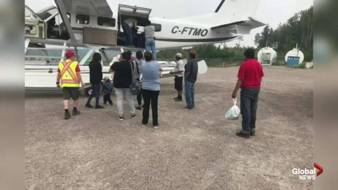 Little Grand Rapids First Nation residents return home after wildfire smoke evacuations - Winnipeg
