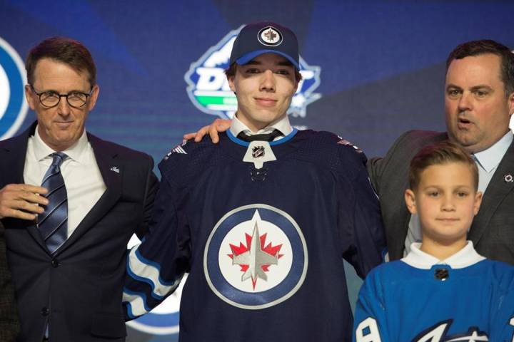 Winnipeg Jets sign defenceman Ville Heinola - Winnipeg