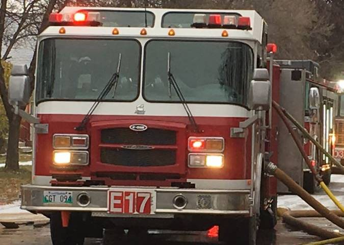 Two taken to hospital after Point Douglas vehicle fire - Winnipeg