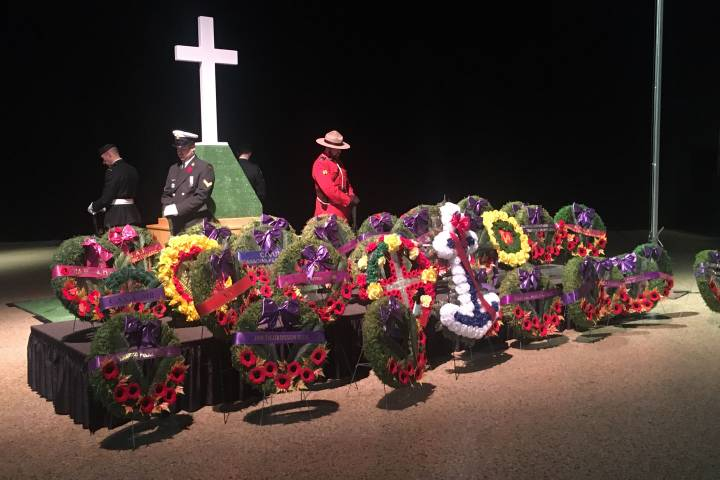 In pictures: Remembrance Day around Winnipeg