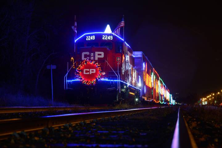 CP Holiday train stopping in Manitoba Dec. 2 and 3 - Winnipeg