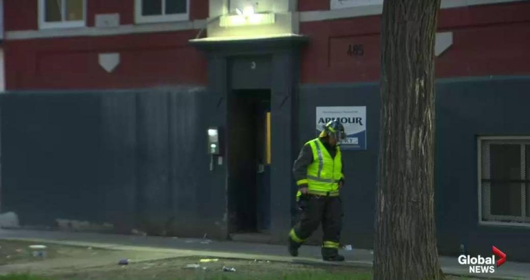 Firefighters battle Grant Park garage fire - Winnipeg