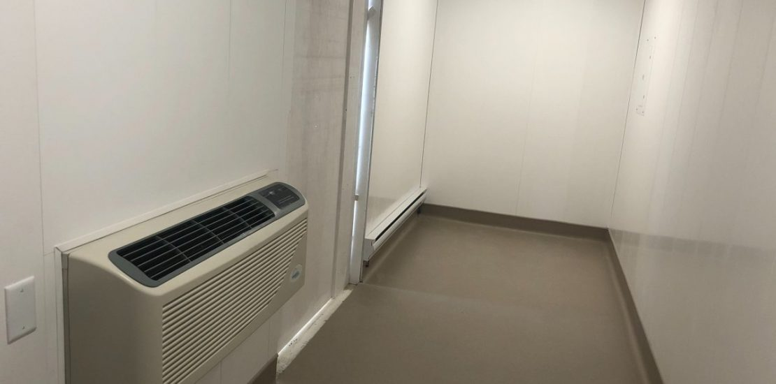 Inside one of Manitoba's new visiting shelters for seniors in care homes.