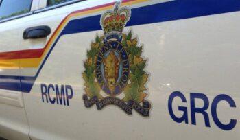 Two hospitalized including RCMP officer after Hwy 1 crash, Manitoba police say - Winnipeg